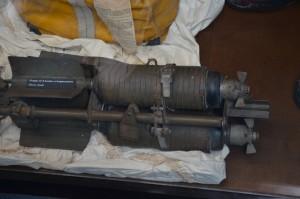 Grappe de 6 bombes à fragmentation (cluster bomb)